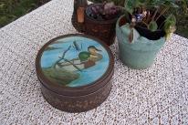 https://www.etsy.com/listing/507009601/old-round-tin-mallard-ducks-landscape?ref=shop_home_active_16