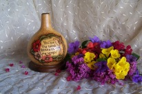 https://www.etsy.com/listing/479469804/decorated-gourd-candle-holder-pyrography?ref=shop_home_active_11