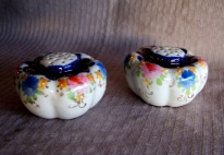 antique shakers, floral pattern