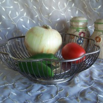 https://www.etsy.com/listing/399901725/silverplated-wire-basket-scallop-edge?ref=shop_home_active_10