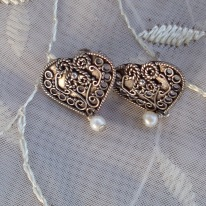 https://www.etsy.com/listing/511316886/925-ornate-heart-pearl-dangle-pierced?ref=shop_home_active_2