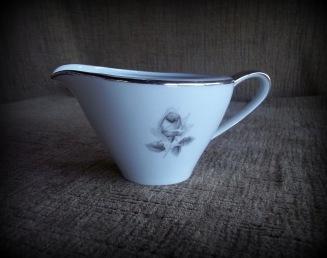 https://www.etsy.com/listing/222010431/saladmasters-estate-bavarian-porcelain?ref=shop_home_active_2
