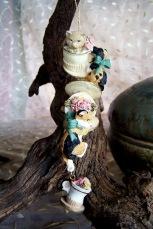multi cat resin ornament